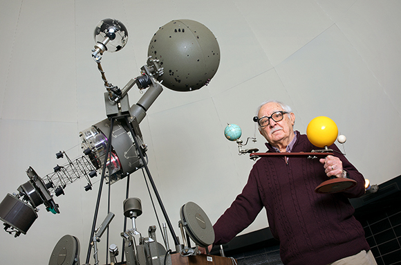 photo of Frank Revetta for Planetarium Schedule for 2018