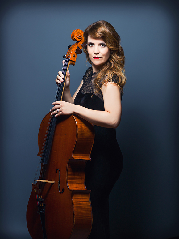 Photo of Cellist Marie-Elaine Gagnon