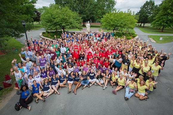 Photo of Alumni from Greek organizations at Minerva Plaza