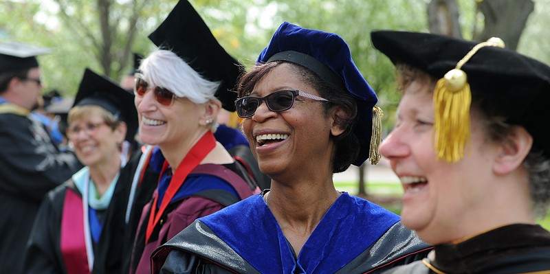 Faculty Commencement 2017 Image