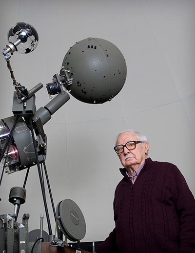 Dr. Frank A. Revetta will offer free weekly planetarium shows at SUNY Potsdam again this semester.