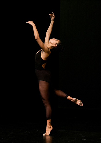 Dance major Brooklyn Collier '19 rehearses in PAC
